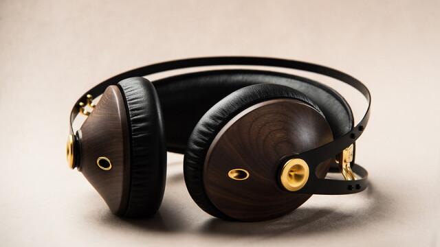 99 Classics - STIRI