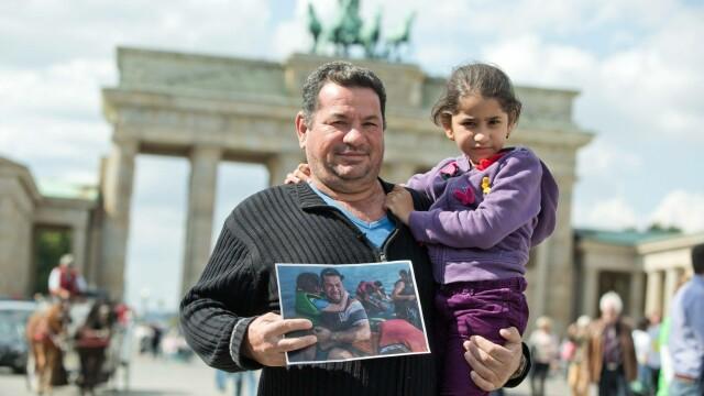 Lupta pentru supravietuire a imigrantilor, in IMAGINI: Europa, intre reticenta si compasiune - Imaginea 18