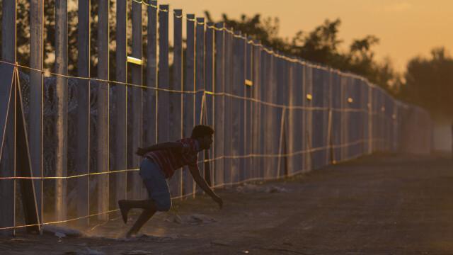 Lupta pentru supravietuire a imigrantilor, in IMAGINI: Europa, intre reticenta si compasiune - Imaginea 14
