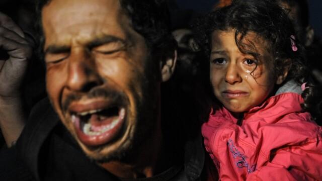 Lupta pentru supravietuire a imigrantilor, in IMAGINI: Europa, intre reticenta si compasiune - Imaginea 12