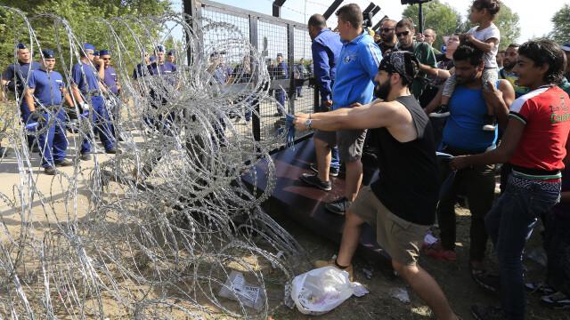 Lupta pentru supravietuire a imigrantilor, in IMAGINI: Europa, intre reticenta si compasiune - Imaginea 2