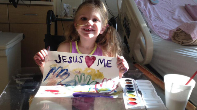 O fetita inecata a revenit miraculos la viata, dupa ce inima ei a stat timp de 12 minute - Imaginea 3