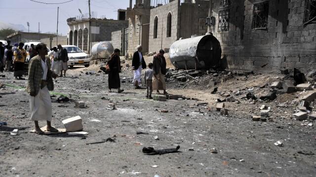 Explozie intr-o moschee din Yemen, in timpul unei mari sarbatori musulmane. Cel putin 25 de persoane au murit