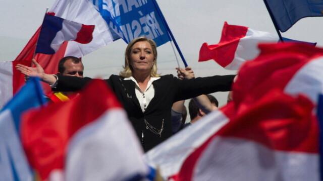 Marine Le Pen nu mai vrea educatie gratuita pentru copiii migrantilor: \