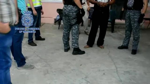 O retea de traficanti de persoane din Romania, capturata in Ibiza. Metoda prin care racolau fete