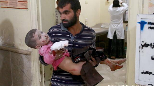 Lacrimi si sange in orasul Alep din Siria: \