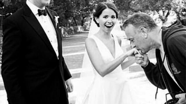 Surpriza de proportii chiar in ziua nuntii. Cine a aparut intre miri chiar in timpul sedintei foto