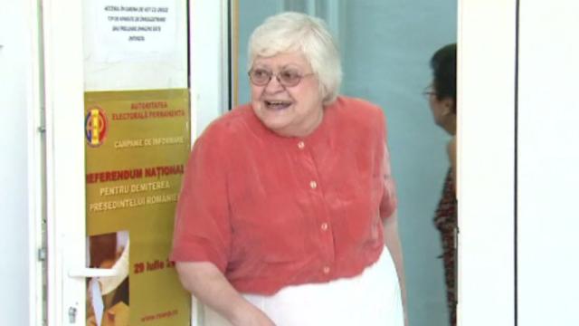 Zoe Petre a murit la vârsta de 77 de ani. Moment de reculegere la Parlament