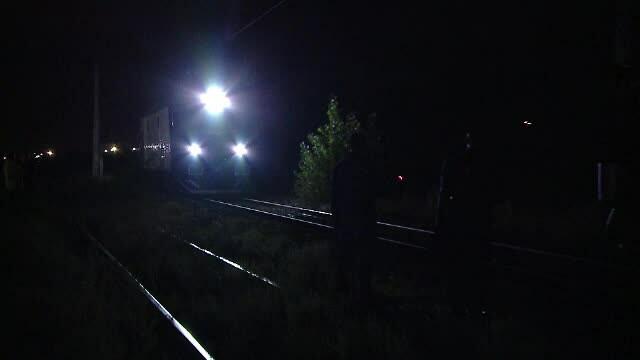 tren in camp noaptea