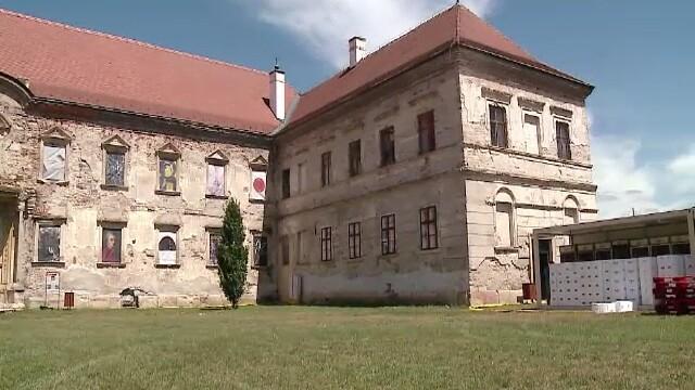Castelul Banffy, reabilitat cu 20 de milioane de lei