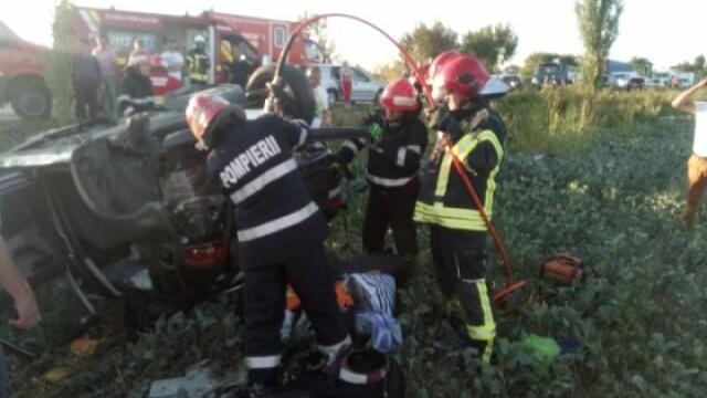 Patru mașini implicate într-un accident în apropiere de Focșani: cinci răniți