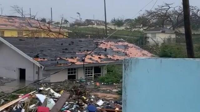 Stare de urgență în SUA. Uraganul Dorian a lovit Bahamas cu rafale de 300 de km/h. GALERIE FOTO - Imaginea 6
