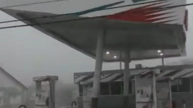 Stare de urgență în SUA. Uraganul Dorian a lovit Bahamas cu rafale de 300 de km/h. GALERIE FOTO - Imaginea 7