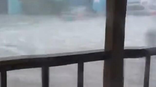 Stare de urgență în SUA. Uraganul Dorian a lovit Bahamas cu rafale de 300 de km/h. GALERIE FOTO - Imaginea 8