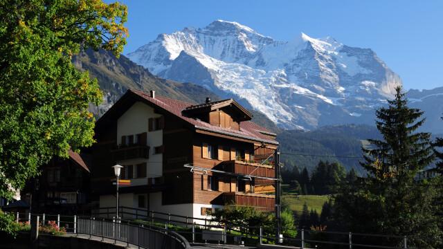 Turist german, dat în judecată de proprietarii unui hotel pentru recenzii negative