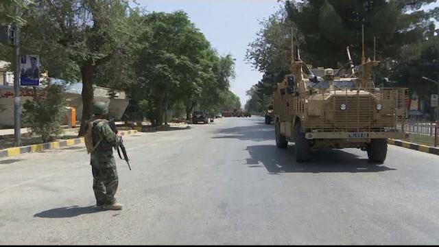 donald trump, talibani, negocieri