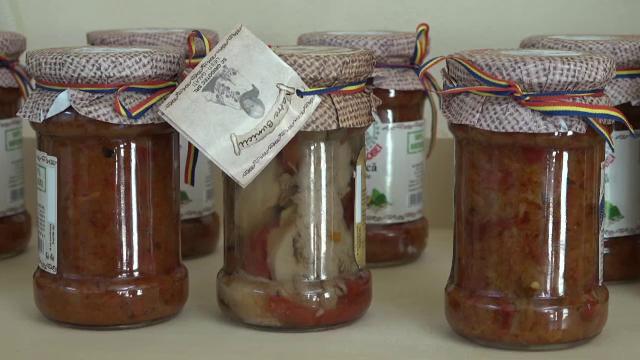 """A creat o zacuscă """"premium"""" folosind ciuperci de care românii se feresc. Secretul unui antreprenor"""