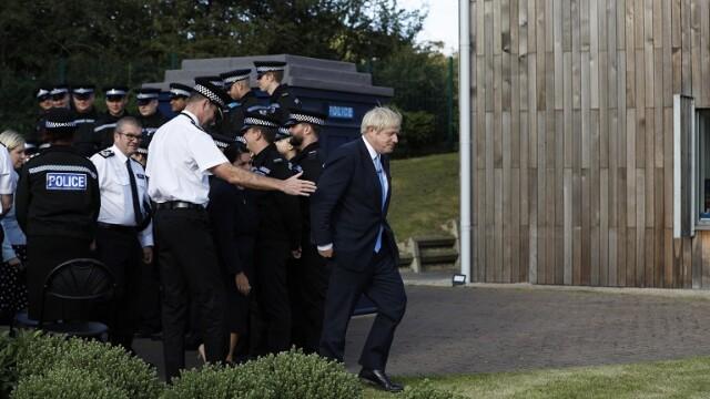 Boris Johnson ar putea ajunge după gratii dacă refuză să amâne Brexit. Soluţia opoziţiei