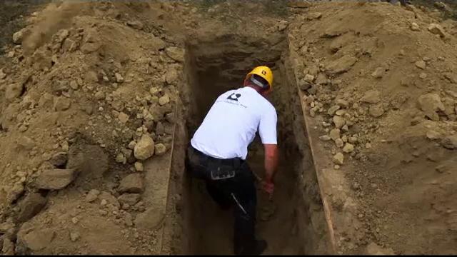 Concurs macabru în Ungaria. S-au săpat morminte și a fost ales cel mai \