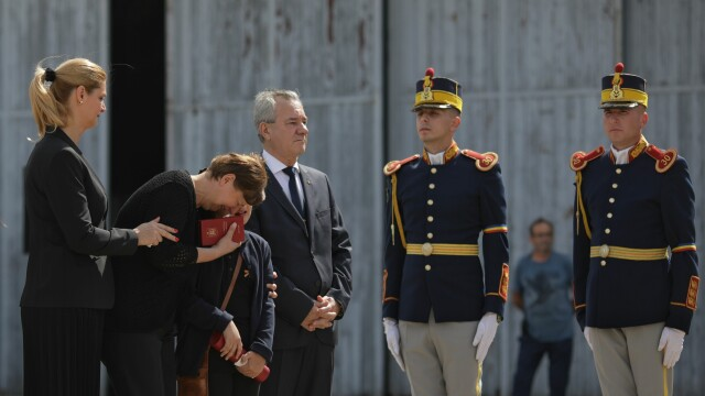 Trupurile românilor ucişi în atacurile din Kabul au fost repatriate