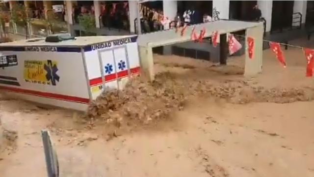 O ploaie torențială a făcut prăpăd lângă Madrid. Localitatea acoperită de noroi. VIDEO