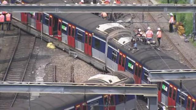 Tren deraiat în Hong Kong: sunt mai multe victime. VIDEO - Imaginea 2