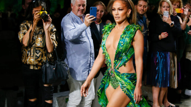 Jennifer Lopez - 4