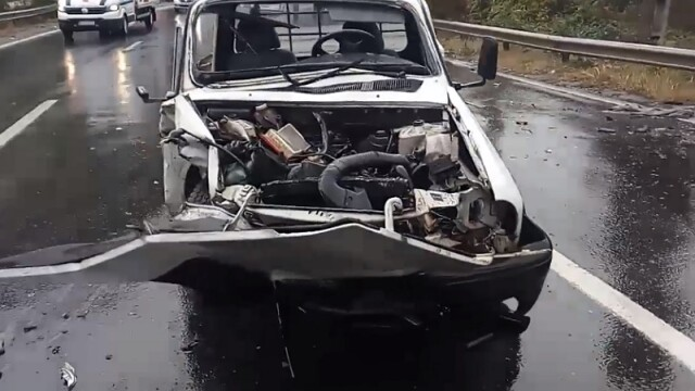 2 morți și 9 răniți în două accidente în care au fost implicate opt mașini, în Vâlcea - Imaginea 3