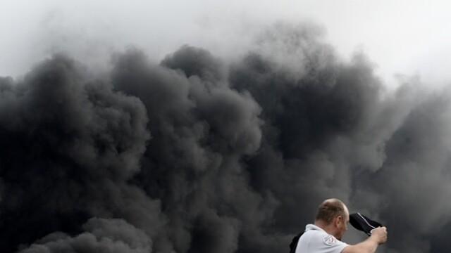 Incendiu uriaș la o uzină chimică în Franţa. Școli şi grădiniţe închise. Imagini apocaliptice - Imaginea 22