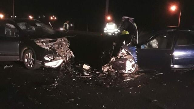 Accident cu şase victime în Caraş-Severin, după o depășire periculoasă