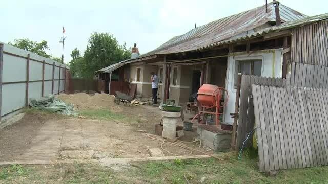Lucrau la renovarea casei când au dat peste ceva uluitor în fundație. Zona a fost încercuită