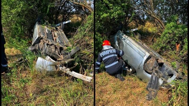 O tânără de 23 de ani s-a răsturnat cu mașina pe A1. Victima, găsită la 15 m de autoturism - Imaginea 1