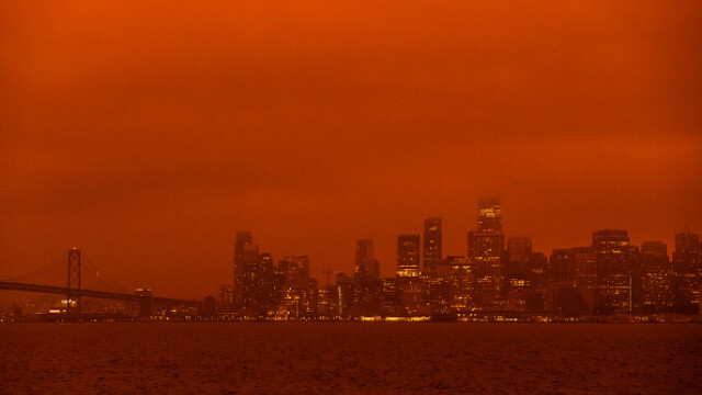 """""""Parcă m-am trezit pe Marte"""". Imagini post-apocaliptice cu cerul roșu din California - Imaginea 3"""