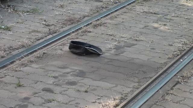 Un bărbat a scăpat în mod miraculos cu viață după ce a fost călcat de tramvai în Arad. Cum a fost posibil