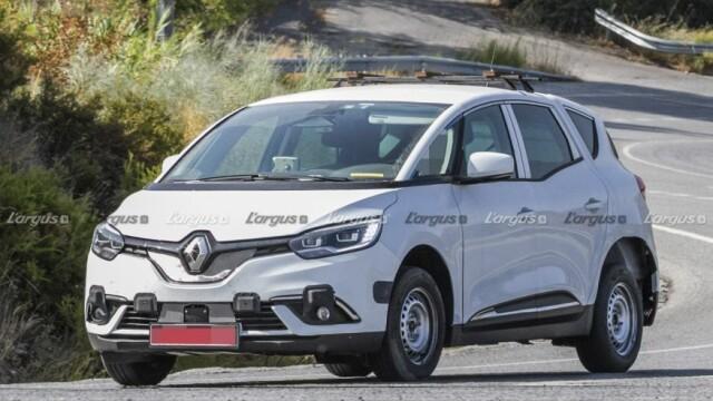 FOTO. Primele imagini din timpul testelor noului SUV Dacia. Când va apărea pe piață - Imaginea 1