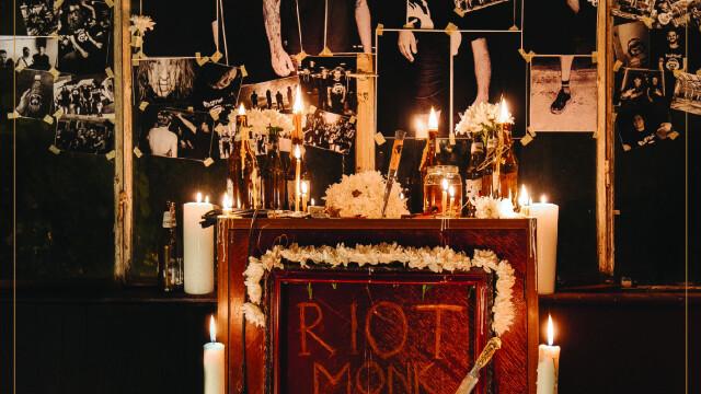 """Trupa românească de rock Riot Monk lansează campania de strângere de fonduri pentru noul album, """"AER"""" - Imaginea 3"""