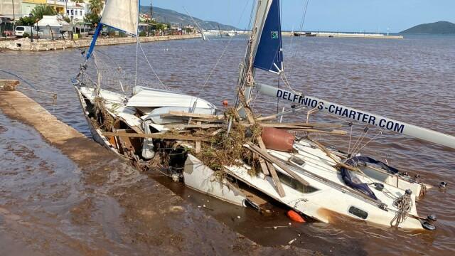 Insula Kefalonia, devastată de uraganul Ianos. Localnicii au rămas 2 zile fără apă și curent - Imaginea 4