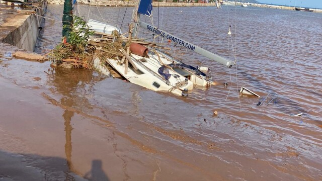 Insula Kefalonia, devastată de uraganul Ianos. Localnicii au rămas 2 zile fără apă și curent - Imaginea 2