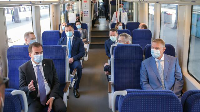 FOTO. Președintele și premierul României au testat trenul de la Gara de Nord la Otopeni - Imaginea 3