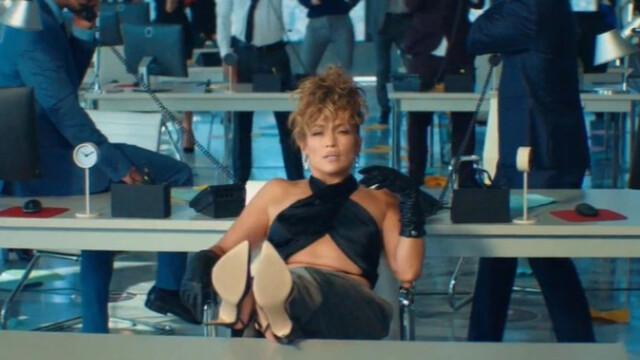 """Jennifer Lopez şi Maluma, în ipostaze incendiare în cel mai recent videoclip - """"Pa Ti"""" - Imaginea 4"""