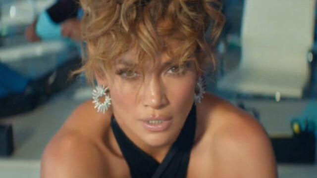 """Jennifer Lopez şi Maluma, în ipostaze incendiare în cel mai recent videoclip - """"Pa Ti"""" - Imaginea 3"""