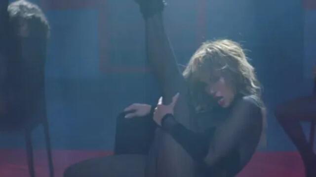 """Jennifer Lopez şi Maluma, în ipostaze incendiare în cel mai recent videoclip - """"Pa Ti"""" - Imaginea 1"""