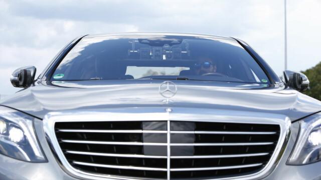 """Un fost premier român oferă un Mercedes S Class celui care îl găsește primul. """"Spun public și semnez în alb"""""""