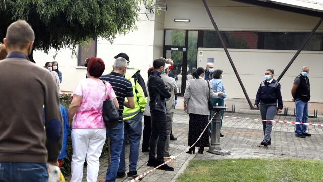 Prezența la vot, alegeri locale 2020. Câți români au votat până la ora 21:00 - Imaginea 3