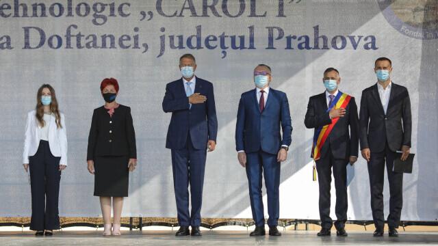 Cîțu a deschis anul școlar alături de Piedone, condamnat în primă instanță în dosarul Colectiv - Imaginea 2