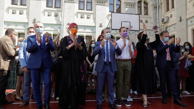 Cîțu a deschis anul școlar alături de Piedone, condamnat în primă instanță în dosarul Colectiv - Imaginea 5