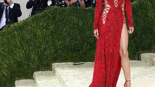 Covorul roșu, Met Gala 2021. Kim Kardashian și Naomi Osaka, apariții surprinzătoare. GALERIE FOTO - Imaginea 10