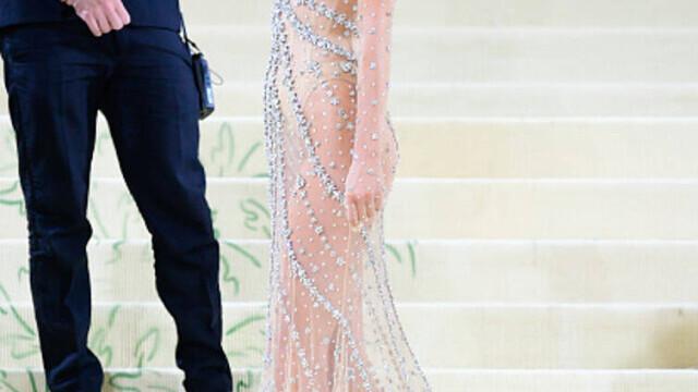 Covorul roșu, Met Gala 2021. Kim Kardashian și Naomi Osaka, apariții surprinzătoare. GALERIE FOTO - Imaginea 15