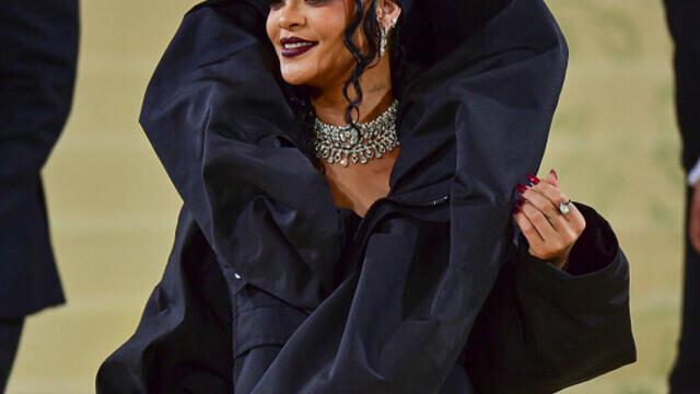Covorul roșu, Met Gala 2021. Kim Kardashian și Naomi Osaka, apariții surprinzătoare. GALERIE FOTO - Imaginea 16