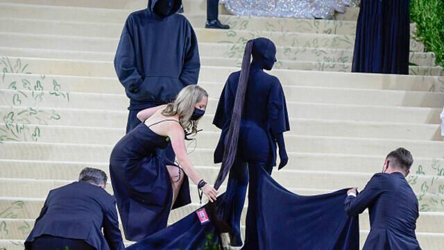 Covorul roșu, Met Gala 2021. Kim Kardashian și Naomi Osaka, apariții surprinzătoare. GALERIE FOTO - Imaginea 22